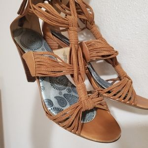 Nine west , 3 inch tan heels.